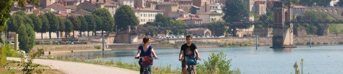 Balade à vélo sur les quais de Trévoux