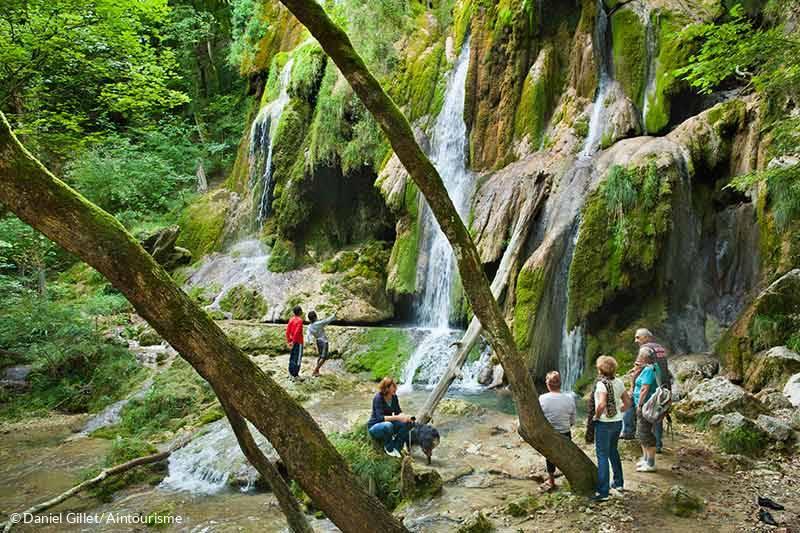 Bien connu Les cascades de l'Ain, InstantFraîcheur au bord de l'eau - été en  HG86