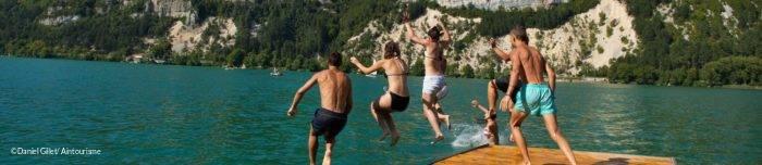 Plongeon dans le Lac de Nantua