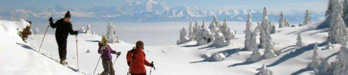 Randonnée accompagnée en raquettes sur cretes à Monts Jura