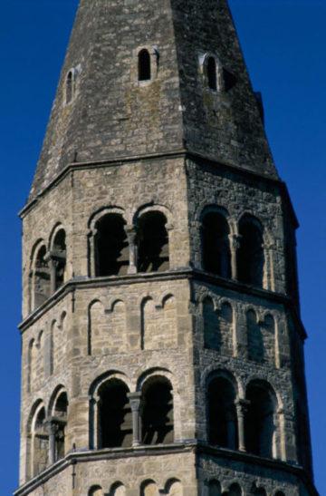 Eglise bage : Cloché
