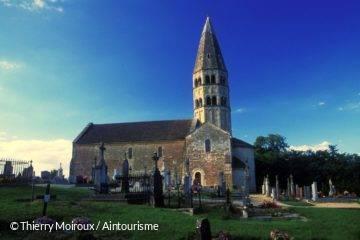 Eglise romane de Bage-le-Chatel