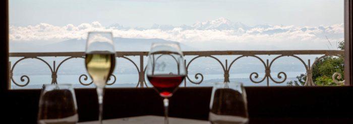 terrasse au restaurant La Mainaz