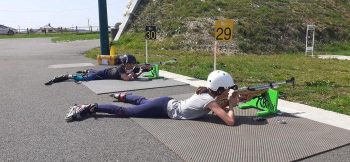 Intiation enfant au Biatlhon au stade de biathlon des plans d'hotonnes